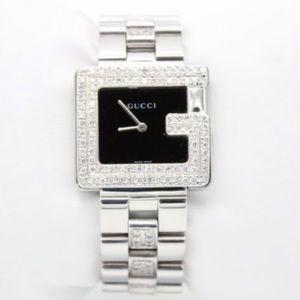 Authentic Gucci Swiss made watch 82 diamonds bezel
